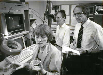 From right: John Clark Sutherland and Betsy Middleton Sutherland with Elsie Quaite at Brookhaven National Laboratory. Courtesy Brookhaven National Laboratory.
